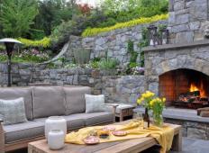 10 prekrasnih vrtnih teras. Na kateri bi uživali to poletje?