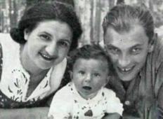 Parček skrije otroka pred holokavstom. 70 let pozneje se zopet najdejo!